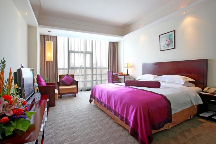 West Lake Golden Plaza Hotel