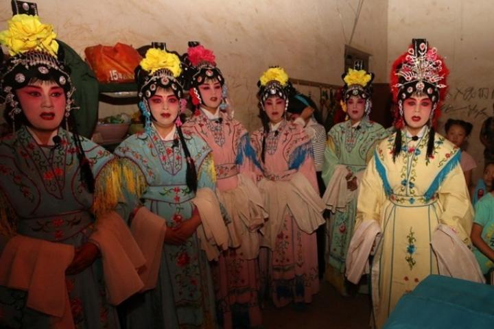 Un ensemble artistique de l'opéra QinQiang