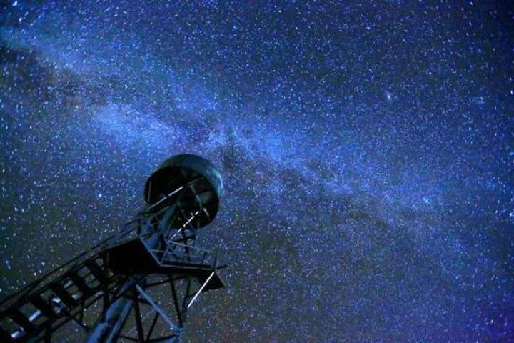 Le ciel dans la nuit